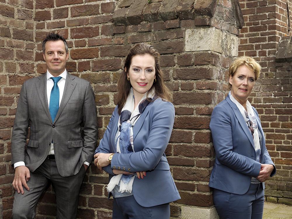 Contact opnemen met Tessa, Richard en Petra van Aster Uitvaartzorg